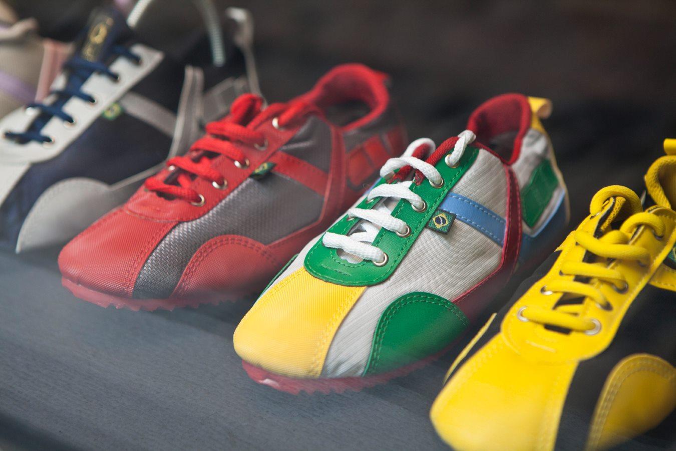 3 Paar Schuhe, die Mann braucht